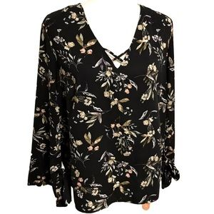 🌸Dex Floral Long Bell Sleeve Size Large